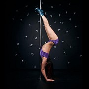Инструктор pole dance, exotic pole dance, стриппластики, стретчинга, силовых программ Bar